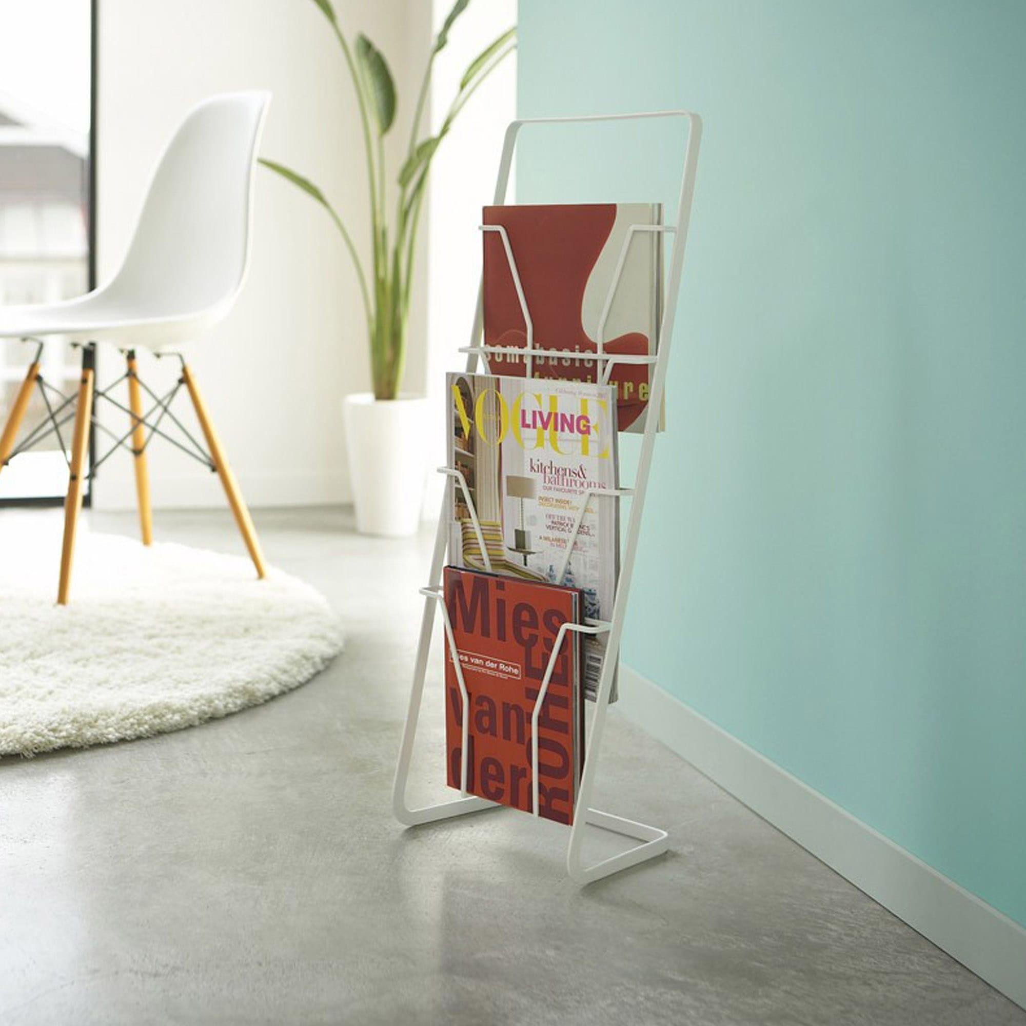 zeitschriftenst nder tower. Black Bedroom Furniture Sets. Home Design Ideas