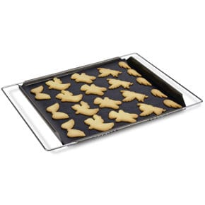 Adjustable baking tray
